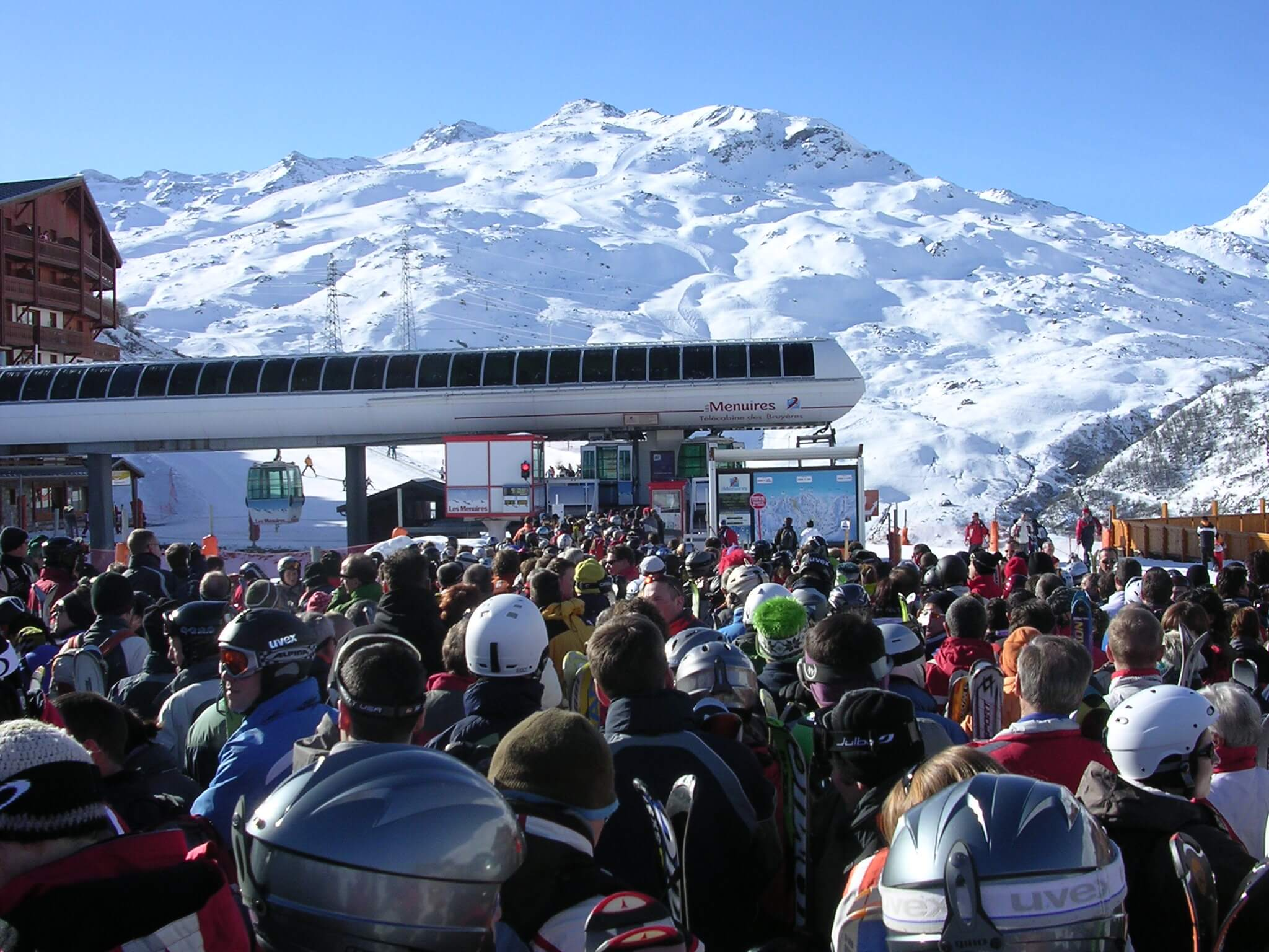 wachten bij skilift